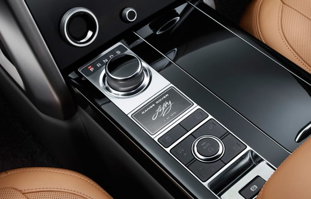 Range Rover împlinește 50 de ani de la debut: momentul este marcat de ediția specială Fifty - Poza 8