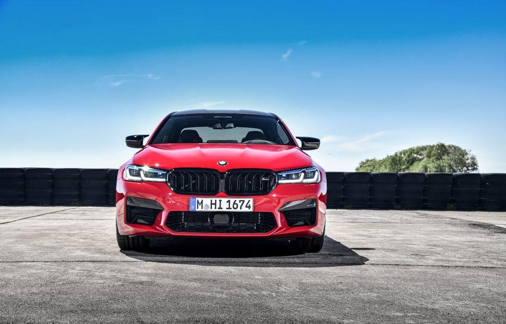 BMW a prezentat M5 și M5 Competition facelift: noutăți estetice și ecran central de 12.3 inch pentru versiunile de performanță - Poza 18