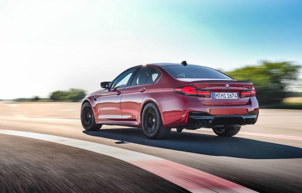 BMW a prezentat M5 și M5 Competition facelift: noutăți estetice și ecran central de 12.3 inch pentru versiunile de performanță - Poza 11