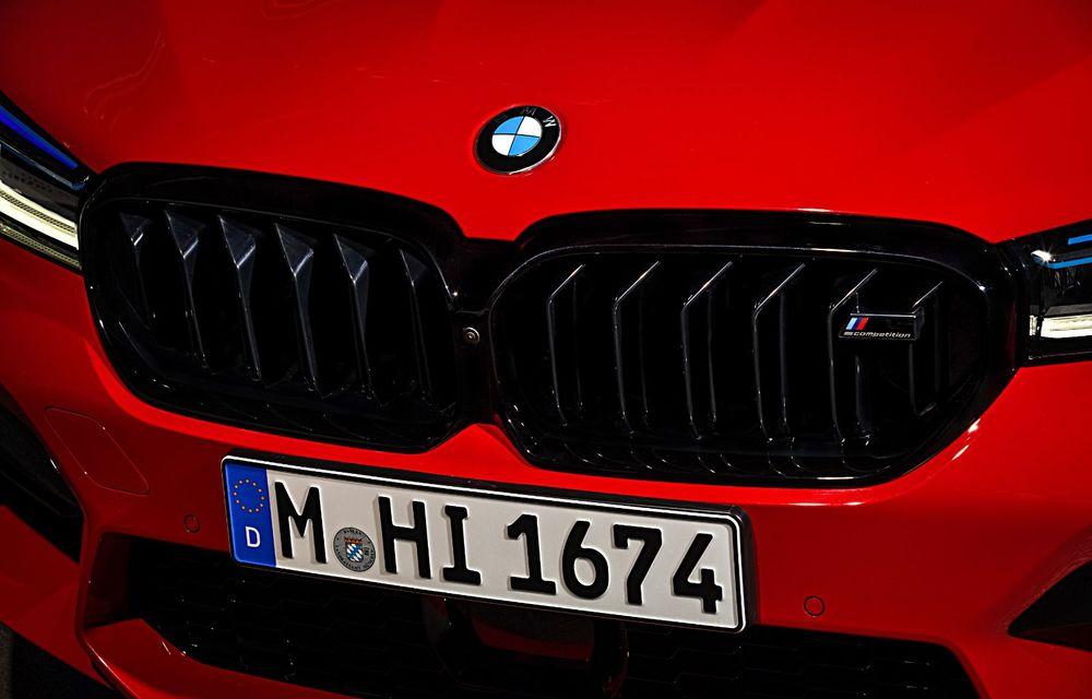 BMW a prezentat M5 și M5 Competition facelift: noutăți estetice și ecran central de 12.3 inch pentru versiunile de performanță - Poza 36