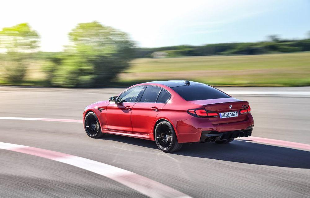 BMW a prezentat M5 și M5 Competition facelift: noutăți estetice și ecran central de 12.3 inch pentru versiunile de performanță - Poza 12