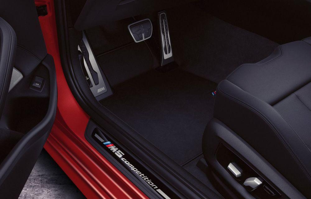 BMW a prezentat M5 și M5 Competition facelift: noutăți estetice și ecran central de 12.3 inch pentru versiunile de performanță - Poza 71