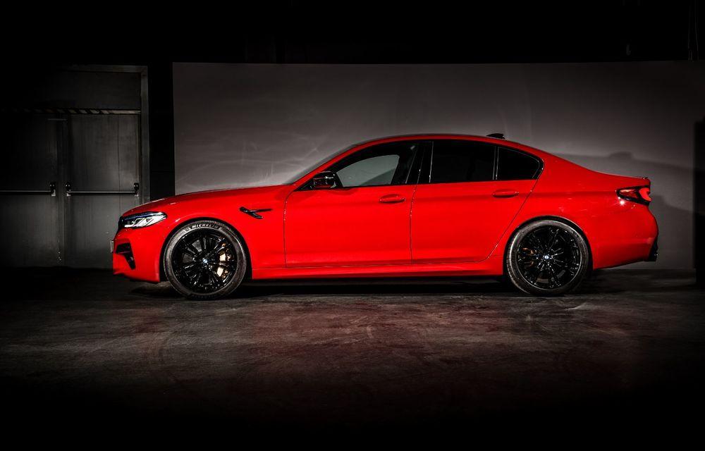 BMW a prezentat M5 și M5 Competition facelift: noutăți estetice și ecran central de 12.3 inch pentru versiunile de performanță - Poza 31