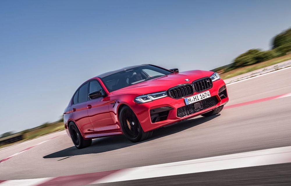 BMW a prezentat M5 și M5 Competition facelift: noutăți estetice și ecran central de 12.3 inch pentru versiunile de performanță - Poza 9