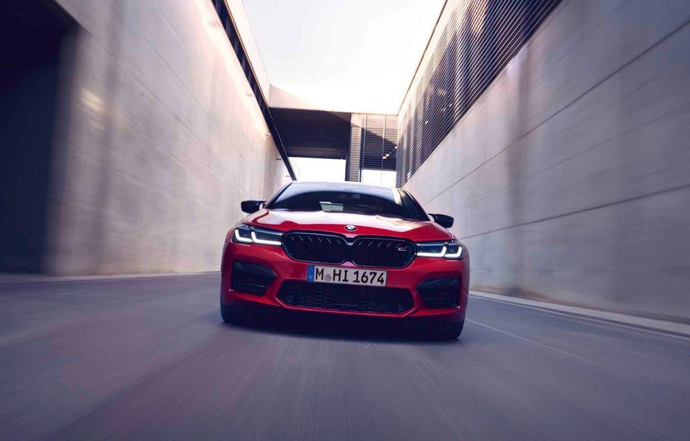 BMW a prezentat M5 și M5 Competition facelift: noutăți estetice și ecran central de 12.3 inch pentru versiunile de performanță - Poza 59