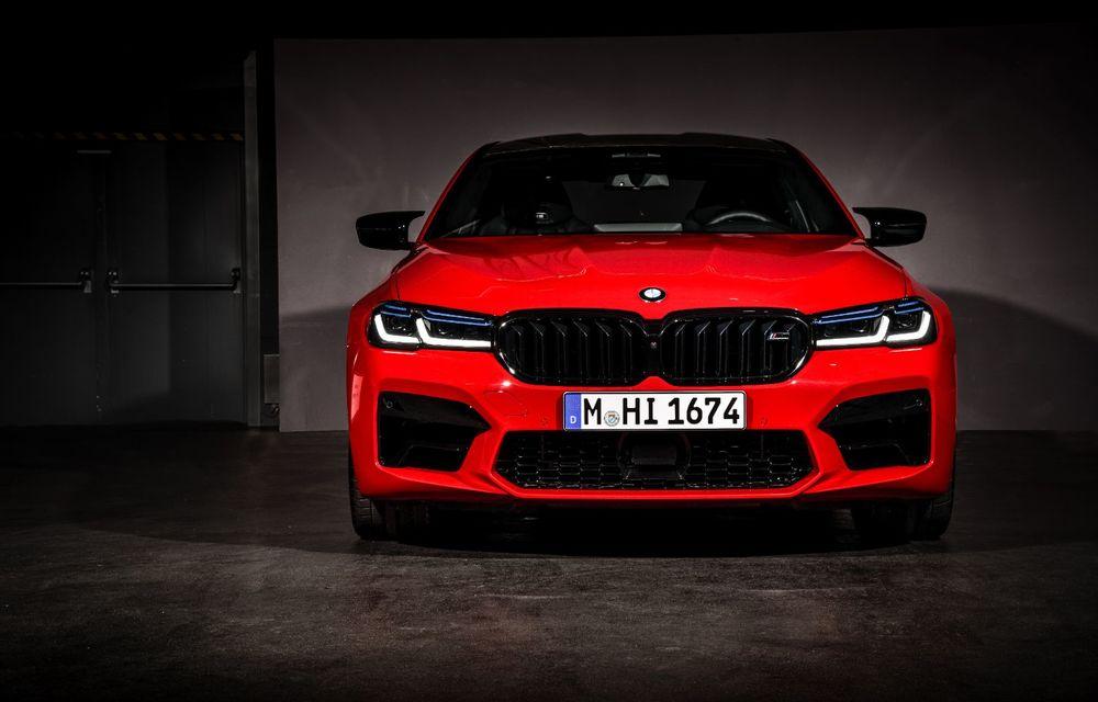 BMW a prezentat M5 și M5 Competition facelift: noutăți estetice și ecran central de 12.3 inch pentru versiunile de performanță - Poza 26
