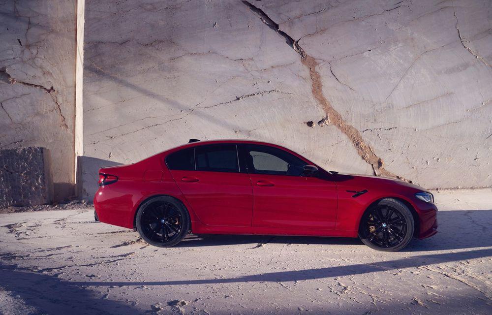 BMW a prezentat M5 și M5 Competition facelift: noutăți estetice și ecran central de 12.3 inch pentru versiunile de performanță - Poza 54