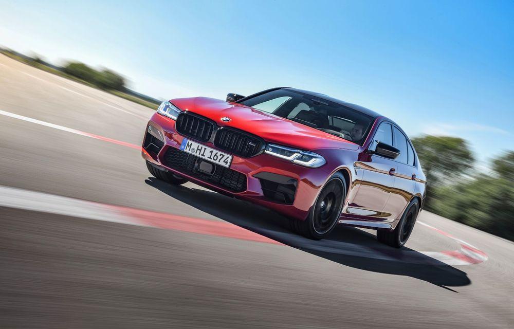 BMW a prezentat M5 și M5 Competition facelift: noutăți estetice și ecran central de 12.3 inch pentru versiunile de performanță - Poza 2
