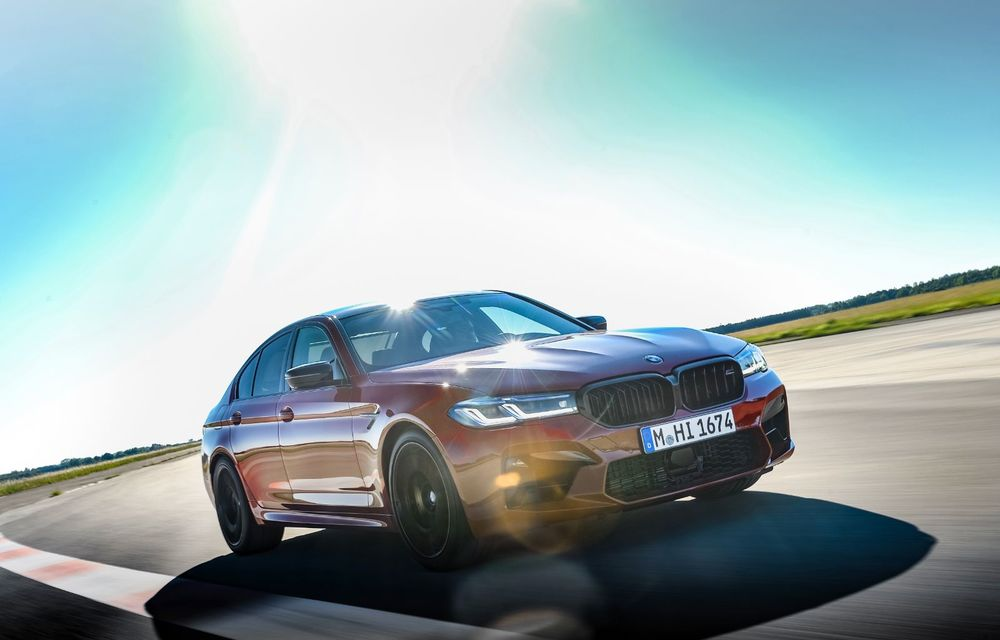 BMW a prezentat M5 și M5 Competition facelift: noutăți estetice și ecran central de 12.3 inch pentru versiunile de performanță - Poza 10