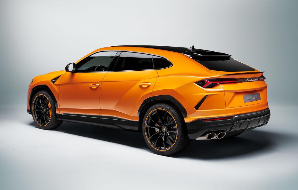 Îmbunătățiri pentru Lamborghini Urus: pachet de design Pearl Capsule, culori noi de caroserie și actualizări pentru sistemele de asistență - Poza 10
