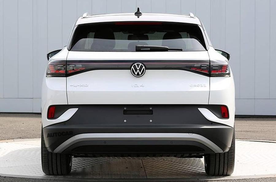 Primele imagini cu Volkswagen ID.4 au apărut pe internet: SUV-ul electric cu autonomie de 500 de kilometri va fi prezentat în acest an - Poza 2