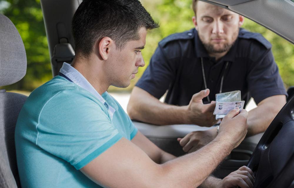 DRPCIV a mărit cu peste 30% anumite taxe: 89 lei pentru permisul de conducere și 49 lei pentru certificatul de înmatriculare - Poza 1