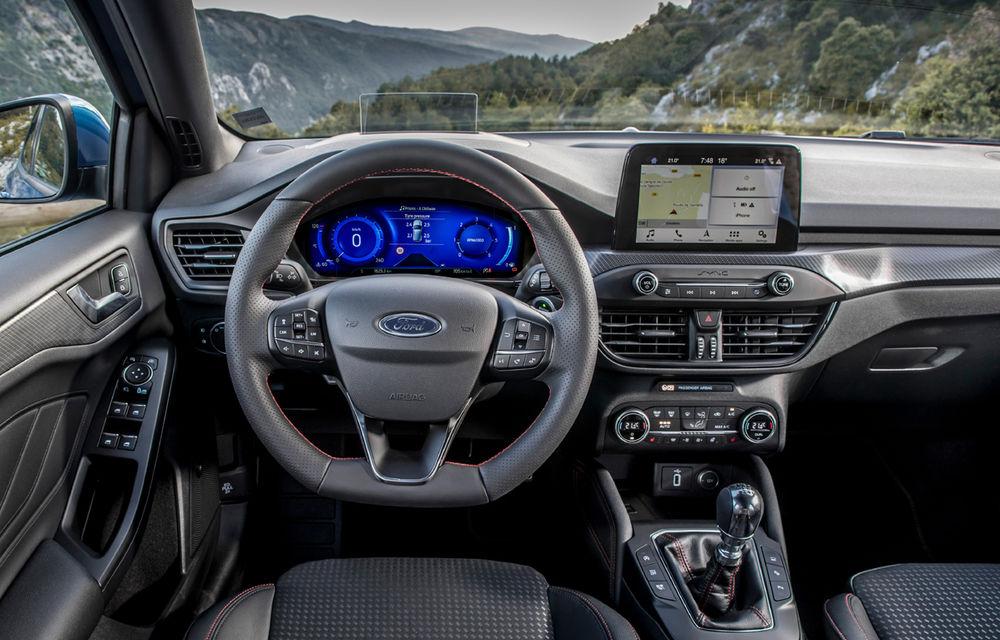 Îmbunătățiri pentru Ford Focus: compacta primește motorizări mild-hybrid de până la 155 CP și instrumentar digital de bord de 12.3 inch - Poza 6
