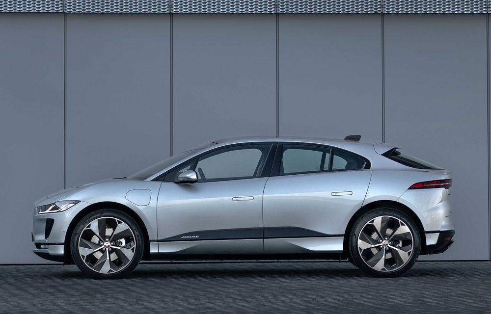 SUV-ul electric Jaguar I-Pace primește îmbunătățiri: sistem de infotainment de 12.3 inch și încărcare cu până la 11 kW la wall-box-uri casnice - Poza 18