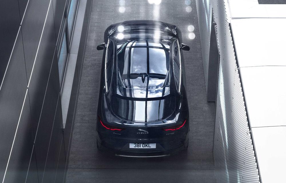 SUV-ul electric Jaguar I-Pace primește îmbunătățiri: sistem de infotainment de 12.3 inch și încărcare cu până la 11 kW la wall-box-uri casnice - Poza 21