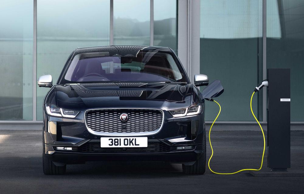 SUV-ul electric Jaguar I-Pace primește îmbunătățiri: sistem de infotainment de 12.3 inch și încărcare cu până la 11 kW la wall-box-uri casnice - Poza 9