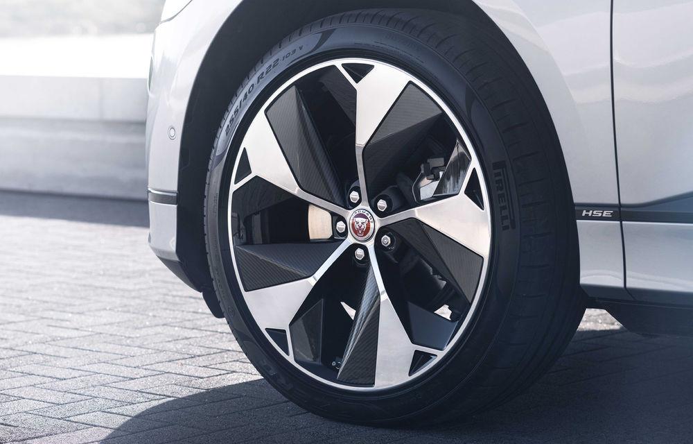 SUV-ul electric Jaguar I-Pace primește îmbunătățiri: sistem de infotainment de 12.3 inch și încărcare cu până la 11 kW la wall-box-uri casnice - Poza 26