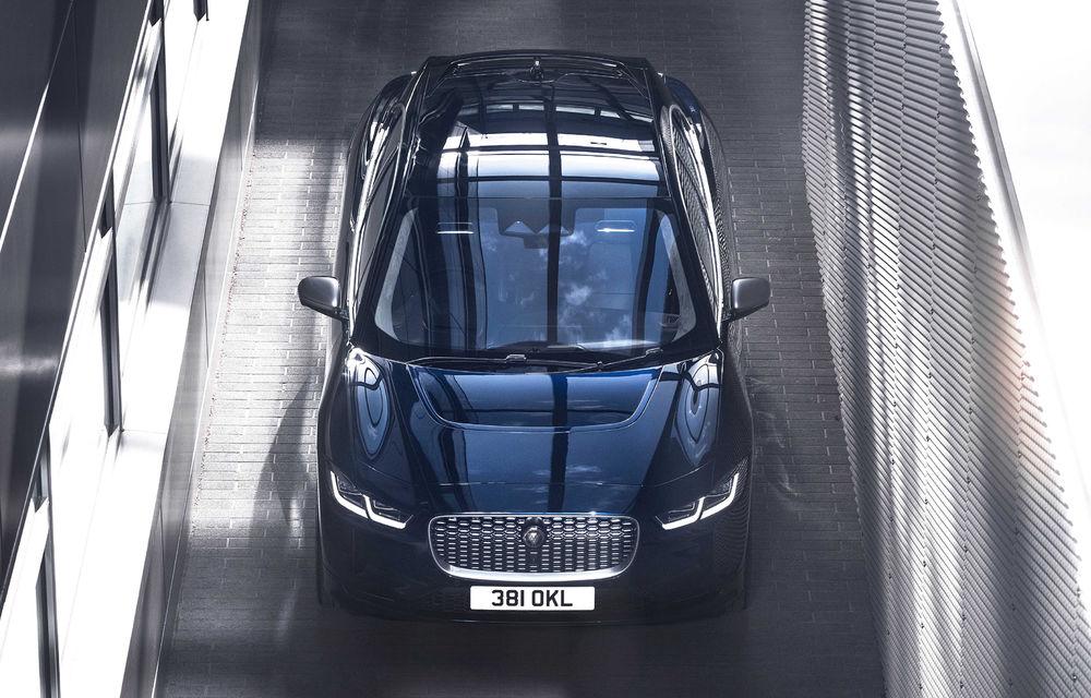SUV-ul electric Jaguar I-Pace primește îmbunătățiri: sistem de infotainment de 12.3 inch și încărcare cu până la 11 kW la wall-box-uri casnice - Poza 20