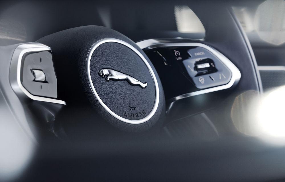 SUV-ul electric Jaguar I-Pace primește îmbunătățiri: sistem de infotainment de 12.3 inch și încărcare cu până la 11 kW la wall-box-uri casnice - Poza 31