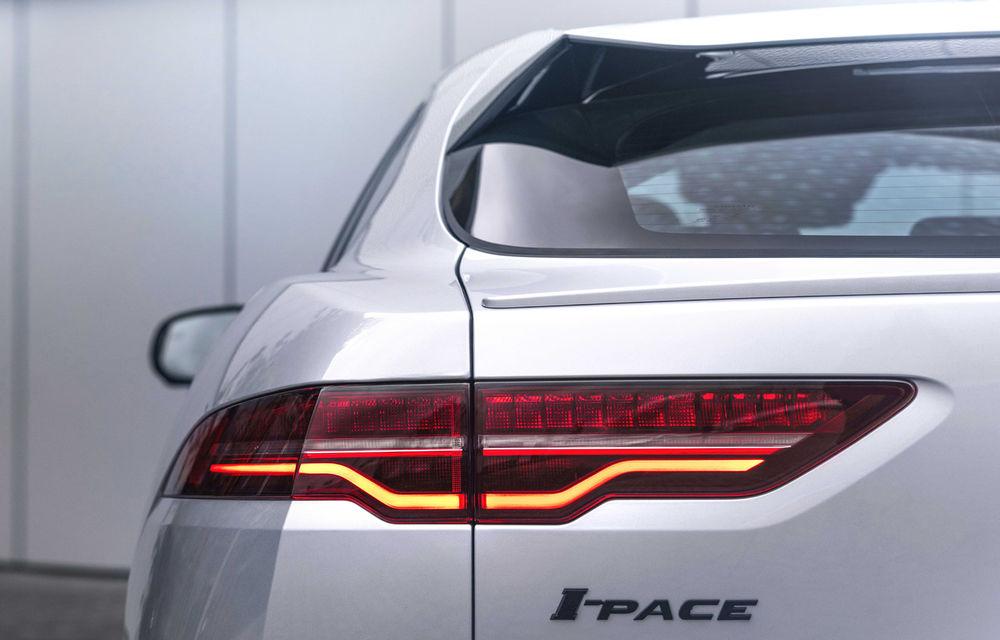SUV-ul electric Jaguar I-Pace primește îmbunătățiri: sistem de infotainment de 12.3 inch și încărcare cu până la 11 kW la wall-box-uri casnice - Poza 24