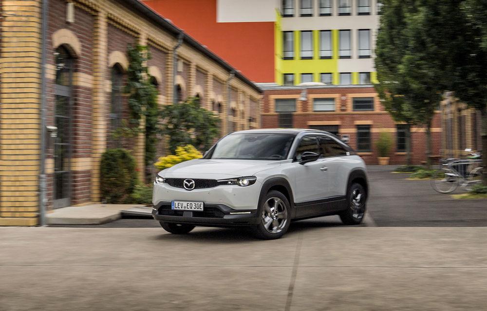 """Christian Schultze (Mazda) despre primul model electric al mărcii: """"MX-30 nu se conduce ca un tanc, dar nu e nici o mașină de curse. Autonomia mare este soluția birourilor de marketing"""" - Poza 3"""