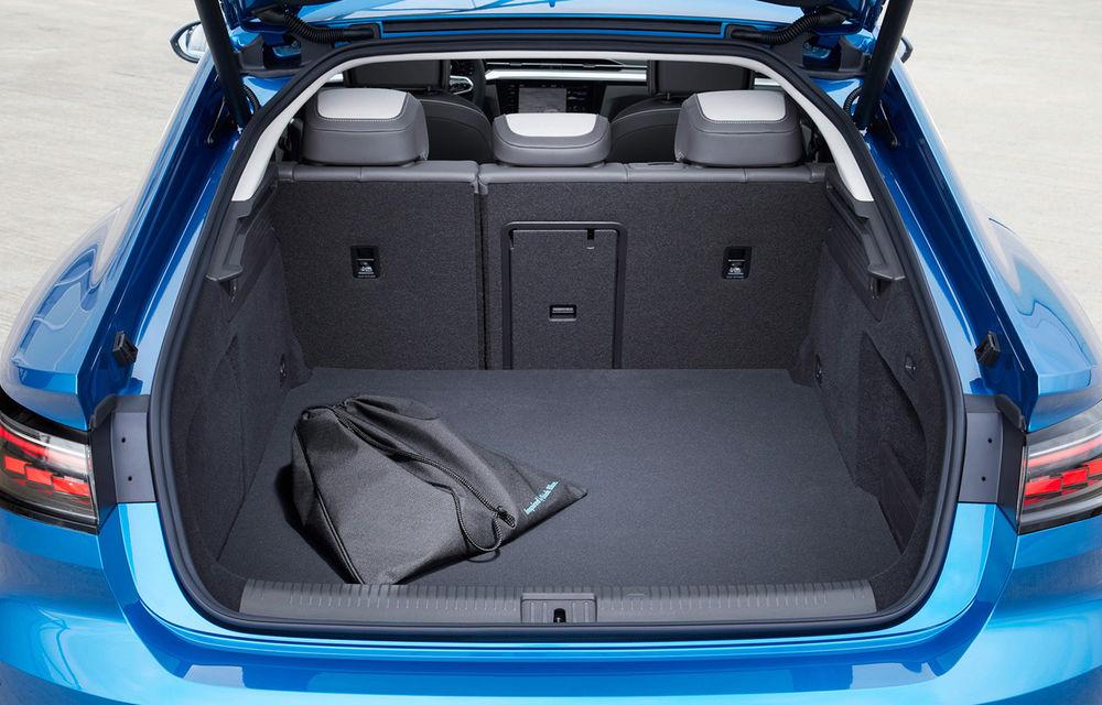 Volkswagen prezintă Arteon facelift și primul Arteon Shooting Brake: gama include o variantă plug-in hybrid de 218 CP și versiune de performanță de 320 CP - Poza 49