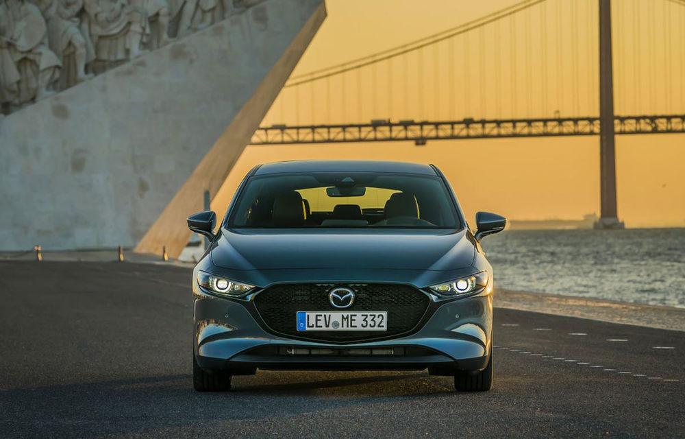 Video. Teaser misterios din partea Mazda: niponii ar putea lansa o versiune turbo a hatchback-ului Mazda 3 - Poza 1