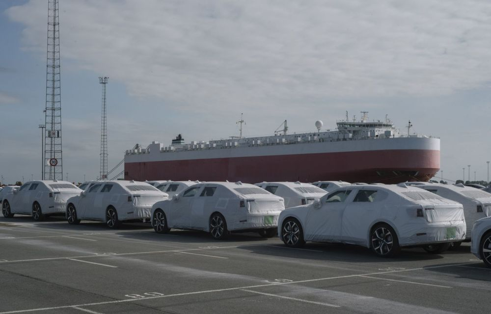 Prima serie de sedanuri electrice Polestar 2 a ajuns în Europa: livrările vor începe în august pentru clienții din Suedia și Norvegia - Poza 2