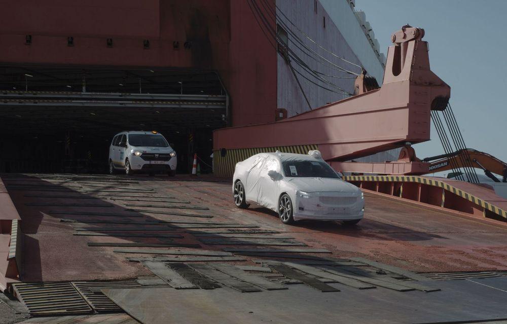 Prima serie de sedanuri electrice Polestar 2 a ajuns în Europa: livrările vor începe în august pentru clienții din Suedia și Norvegia - Poza 3