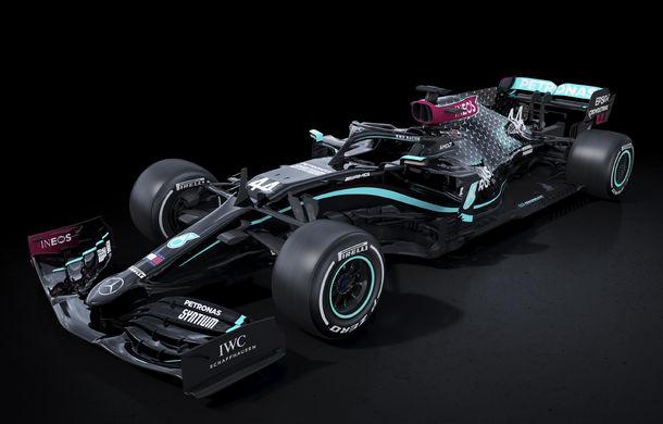 Mercedes schimbă culorile noului monopost: Hamilton și Bottas vor concura în negru ca măsură pentru lupta împotriva rasismului - Poza 1