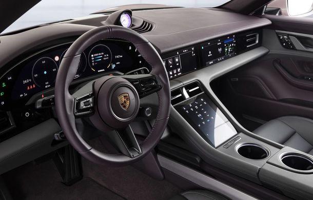 """Porsche Taycan are o nouă versiune de bază în China: modelul electric va fi disponibil în varianta simplă """"Taycan"""" și va avea o autonomie de până la 490 de kilometri - Poza 11"""