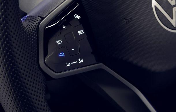 Volkswagen a prezentat Tiguan facelift: SUV-ul compact are versiune plug-in hybrid cu autonomie de până la 50 de kilometri și variantă de performanță cu 320 CP - Poza 35