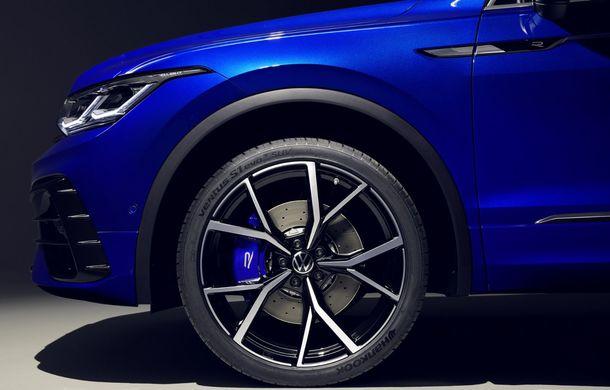 Volkswagen a prezentat Tiguan facelift: SUV-ul compact are versiune plug-in hybrid cu autonomie de până la 50 de kilometri și variantă de performanță cu 320 CP - Poza 22