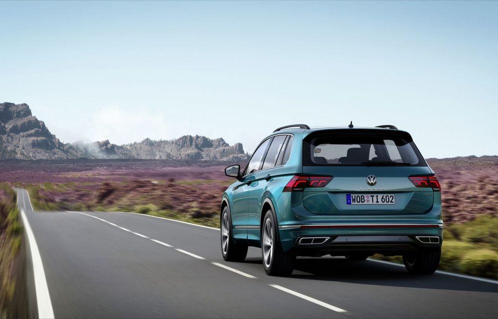 Volkswagen a prezentat Tiguan facelift: SUV-ul compact are versiune plug-in hybrid cu autonomie de până la 50 de kilometri și variantă de performanță cu 320 CP - Poza 12