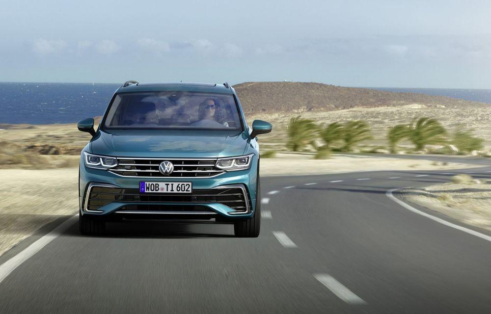 Volkswagen a prezentat Tiguan facelift: SUV-ul compact are versiune plug-in hybrid cu autonomie de până la 50 de kilometri și variantă de performanță cu 320 CP - Poza 8