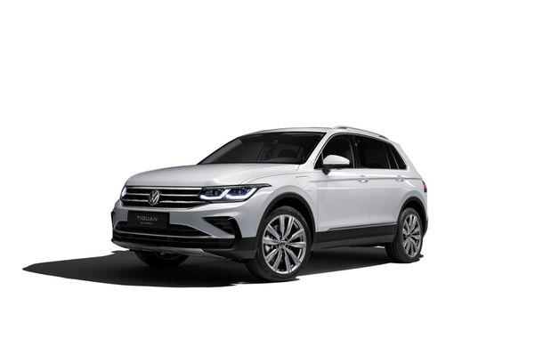 Volkswagen a prezentat Tiguan facelift: SUV-ul compact are versiune plug-in hybrid cu autonomie de până la 50 de kilometri și variantă de performanță cu 320 CP - Poza 16