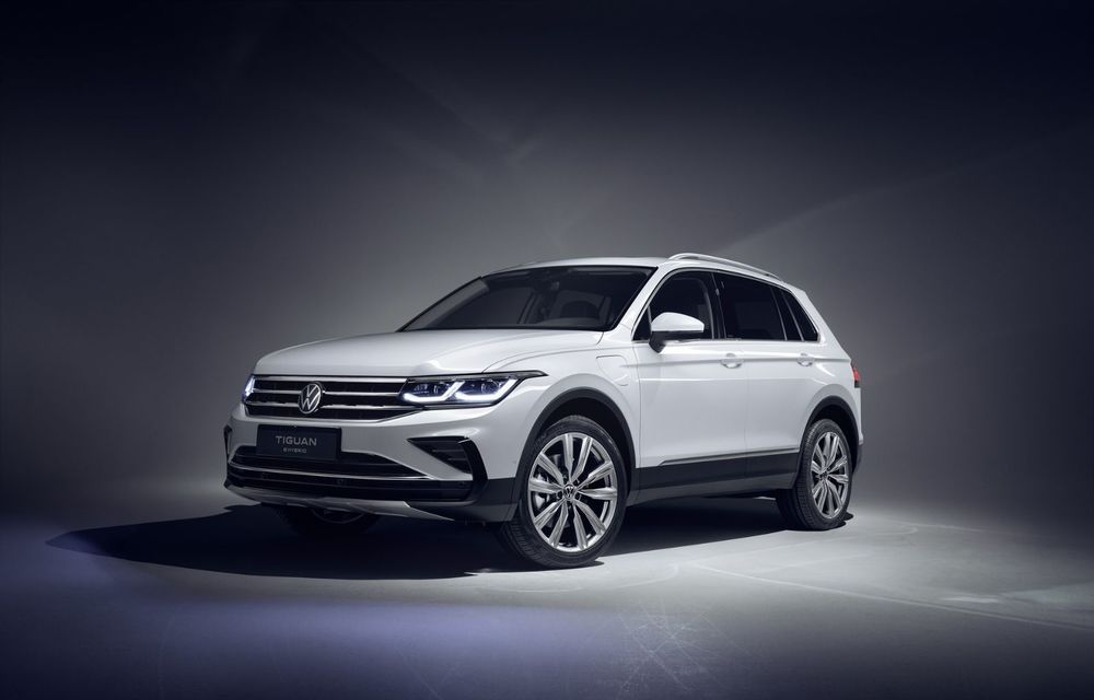 Volkswagen a prezentat Tiguan facelift: SUV-ul compact are versiune plug-in hybrid cu autonomie de până la 50 de kilometri și variantă de performanță cu 320 CP - Poza 14