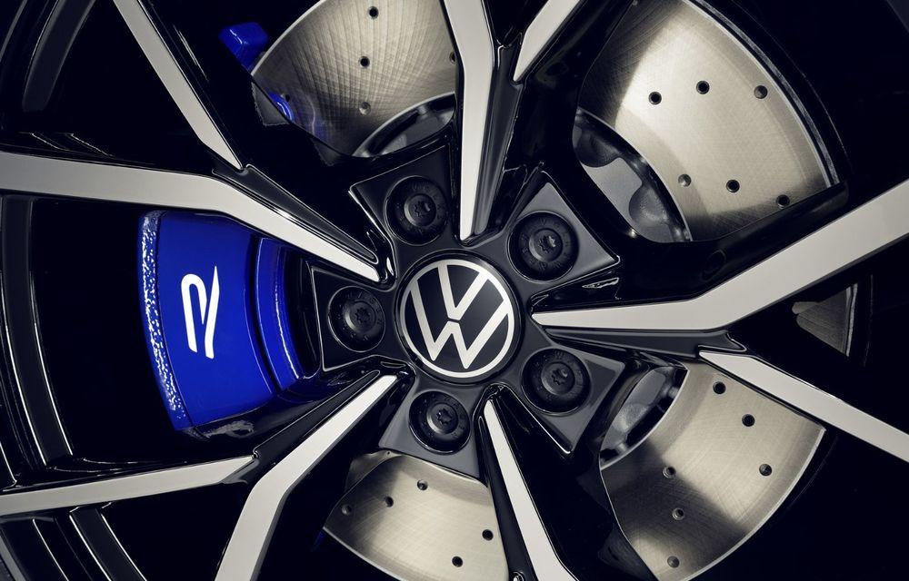 Volkswagen a prezentat Tiguan facelift: SUV-ul compact are versiune plug-in hybrid cu autonomie de până la 50 de kilometri și variantă de performanță cu 320 CP - Poza 24