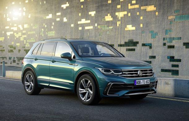 Volkswagen a prezentat Tiguan facelift: SUV-ul compact are versiune plug-in hybrid cu autonomie de până la 50 de kilometri și variantă de performanță cu 320 CP - Poza 1