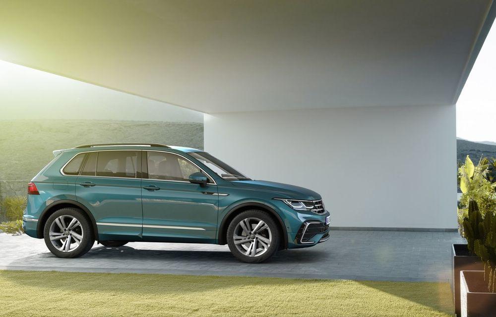 Volkswagen a prezentat Tiguan facelift: SUV-ul compact are versiune plug-in hybrid cu autonomie de până la 50 de kilometri și variantă de performanță cu 320 CP - Poza 3