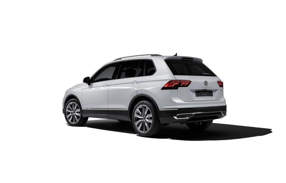 Volkswagen a prezentat Tiguan facelift: SUV-ul compact are versiune plug-in hybrid cu autonomie de până la 50 de kilometri și variantă de performanță cu 320 CP - Poza 17