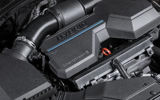 Detalii despre motorizările lui Hyundai Santa Fe facelift: versiune plug-in hybrid de 265 CP, variantă hibridă de 230 CP și un motor diesel de 202 CP