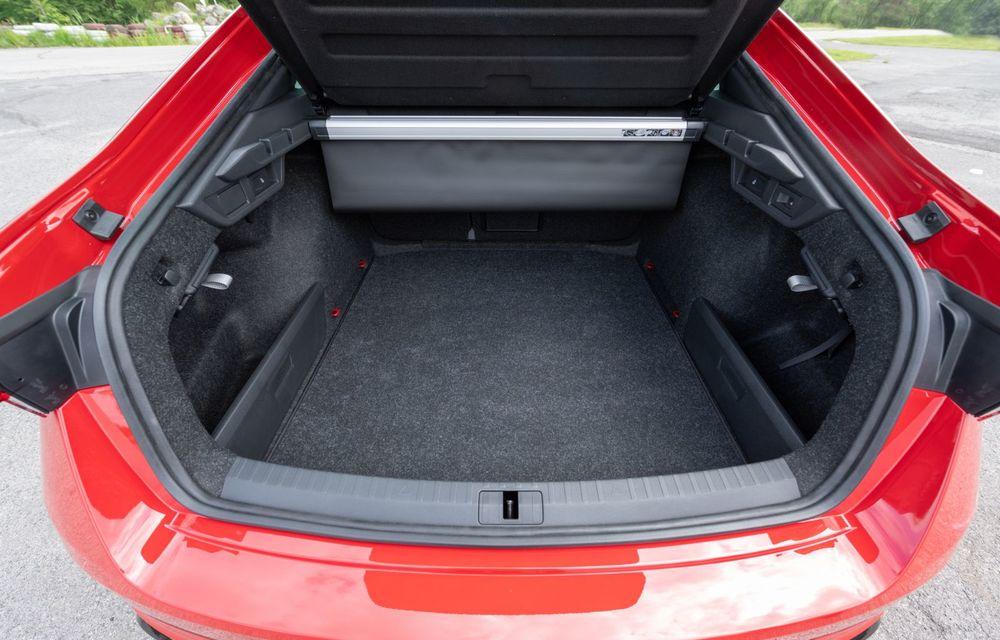 Skoda lansează versiuni noi pentru Octavia RS: motor diesel de 200 CP și versiune pe benzină cu 245 CP - Poza 9