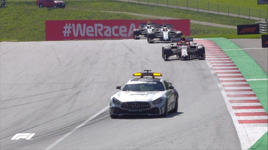 Bottas a câștigat cursa de Formula 1 din Austria! Leclerc si Norris, pe podium după un final cu peripeții și o penalizare pentru Hamilton - Poza 3