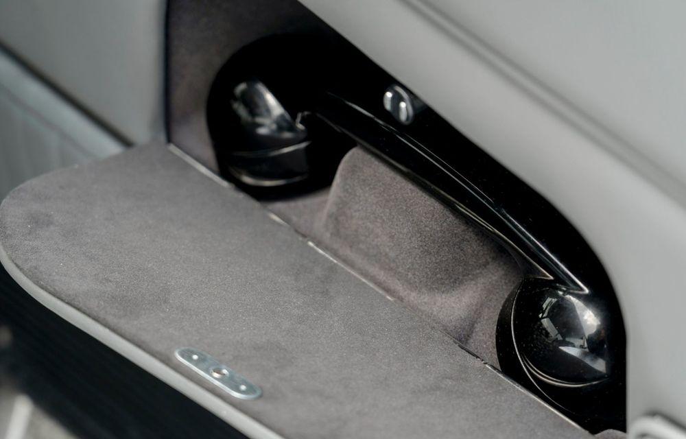 Aston Martin a produs primul exemplar din seria DB5 Goldfinger Continuation: ediția va fi limitată la 25 de unități și are un preț de peste 3 milioane de euro - Poza 35