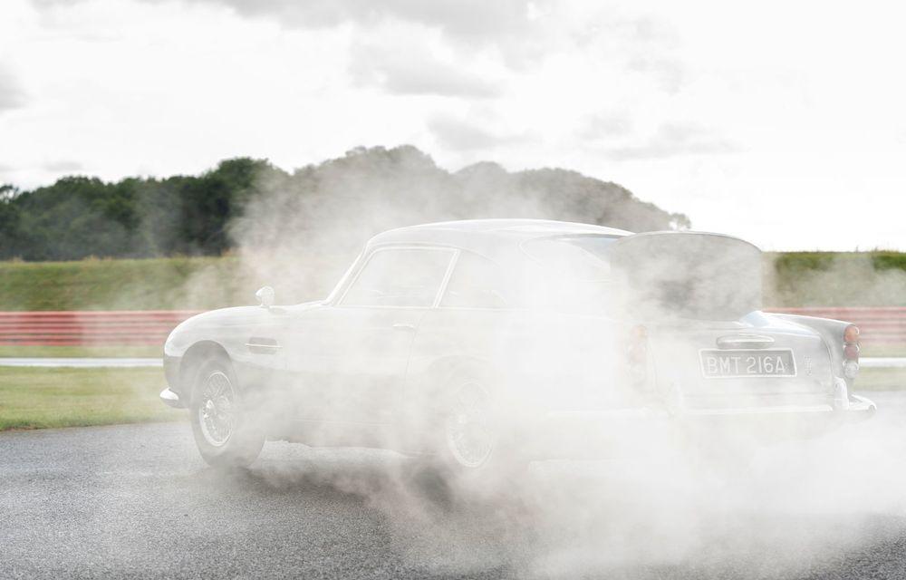 Aston Martin a produs primul exemplar din seria DB5 Goldfinger Continuation: ediția va fi limitată la 25 de unități și are un preț de peste 3 milioane de euro - Poza 11
