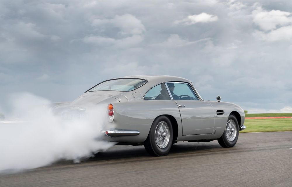 Aston Martin a produs primul exemplar din seria DB5 Goldfinger Continuation: ediția va fi limitată la 25 de unități și are un preț de peste 3 milioane de euro - Poza 9