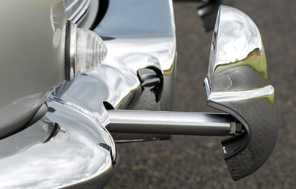 Aston Martin a produs primul exemplar din seria DB5 Goldfinger Continuation: ediția va fi limitată la 25 de unități și are un preț de peste 3 milioane de euro - Poza 23