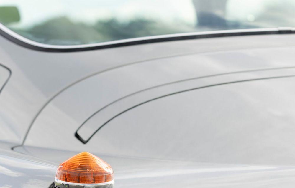 Aston Martin a produs primul exemplar din seria DB5 Goldfinger Continuation: ediția va fi limitată la 25 de unități și are un preț de peste 3 milioane de euro - Poza 14
