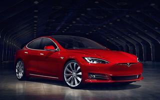 Tesla reduce la jumătate garanția pentru ecranul touch: unitatea este înlocuită gratuit doar în primii doi ani de la achiziție